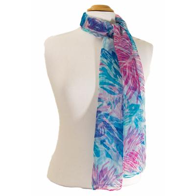Foulard mousseline de soie bleu fleurs et feuilles