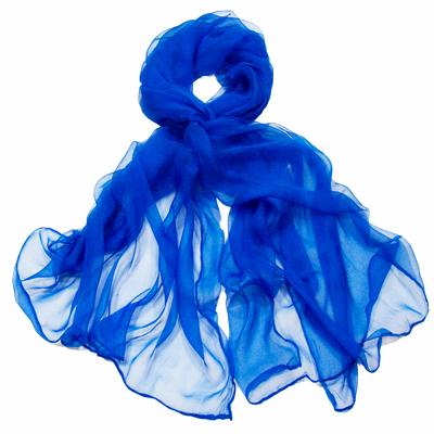 Foulard mousseline de soie bleu uni