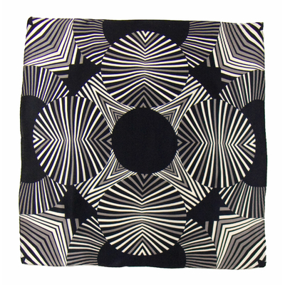 Carré de soie foulard noir hypnotic 50x50 premium