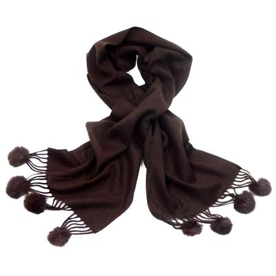 Echarpe chocolat en laine pompons fourrure