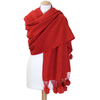étole rouge laine pompons fourrure 1