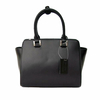sac en cuir femme noir pompon 2