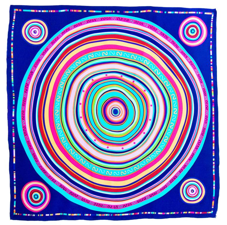 foulard carré de soie bleu cercle 1-min
