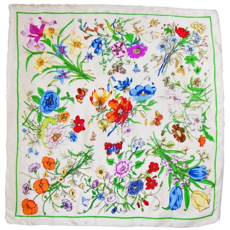 foulard carré de soie écru bouquet l-min
