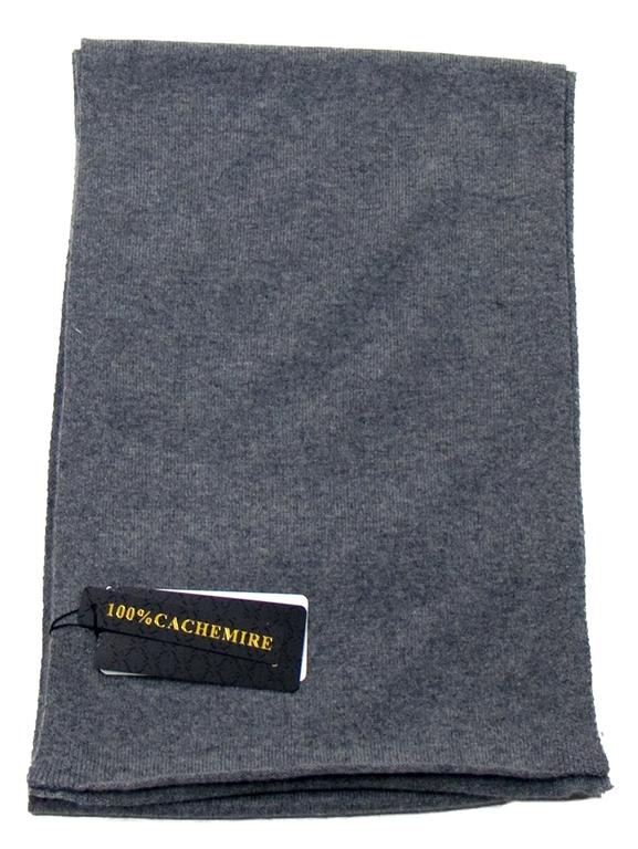 écharpe en cachemire gris foncé 2-min