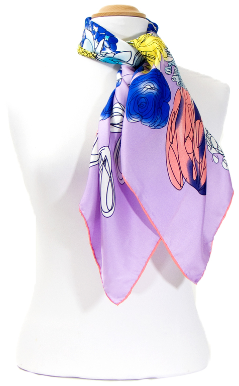 carre en soie bleu bouquet