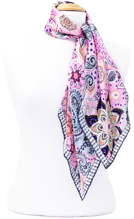 foulard carré de soie rose lorine