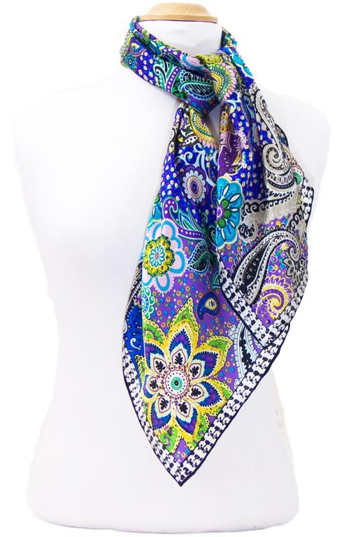 foulard carré de soie vert lorine