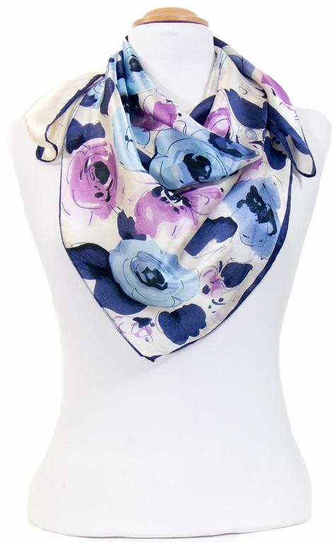 carré en soie mauve violeta 2