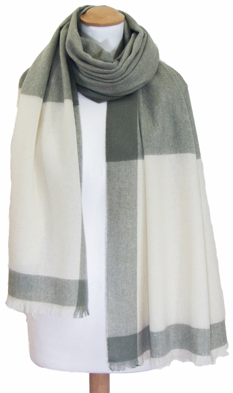 Etole cachemire laine vert carreaux 2