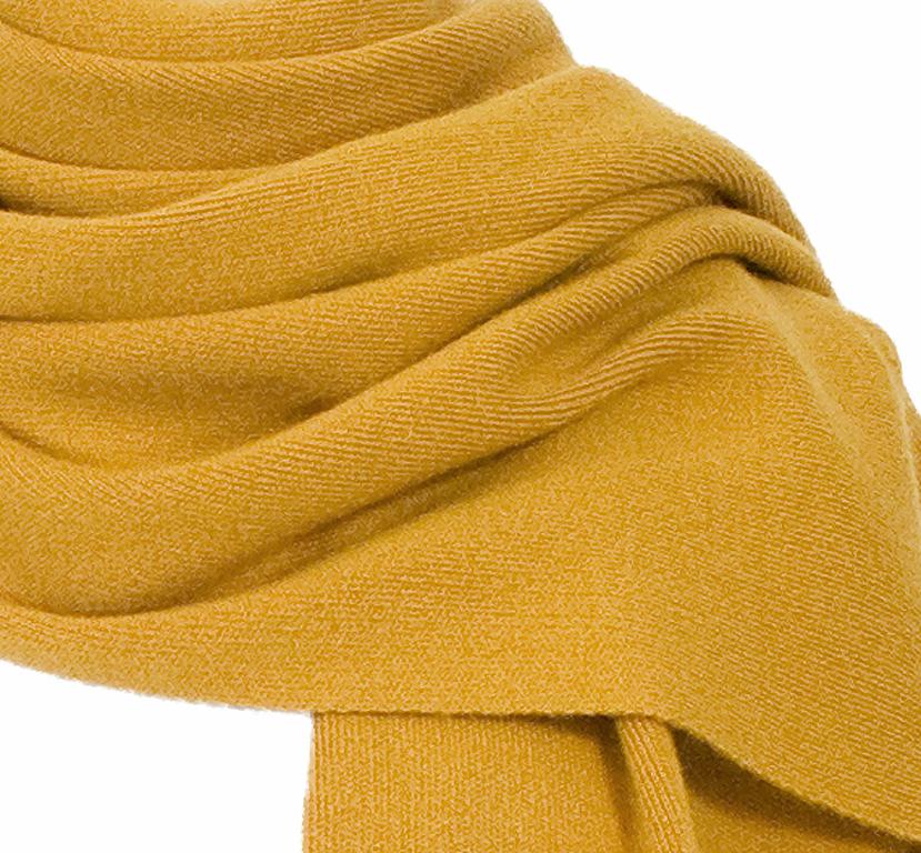 écharpe jaune moutarde cachemire loan 3