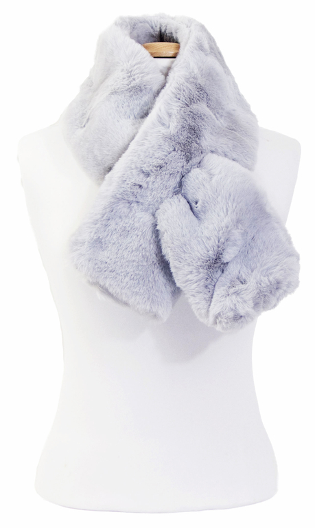 écharpe femme grise fausse fourrure 4