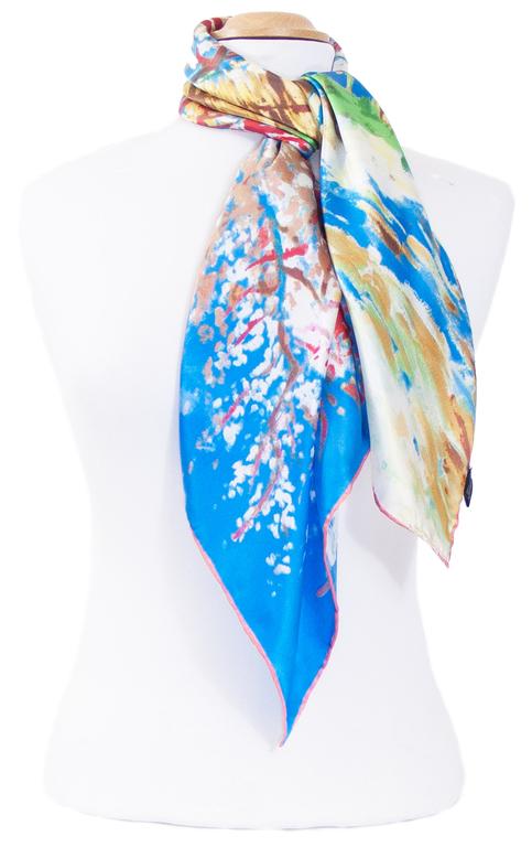 foulard carré de soie bleu le pêcher en fleurs Van Gogh