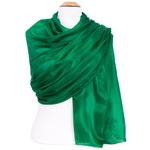 étole en soie vert  pour femme