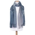 chale en laine brodé bleu gris pour femme