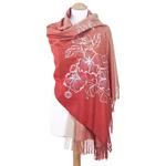 chale rouge beige brodé en laine pour femme