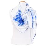 grand foulard en soie carré bleu pivoines
