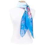 foulard bleu en soie carré fleurs de cerisier