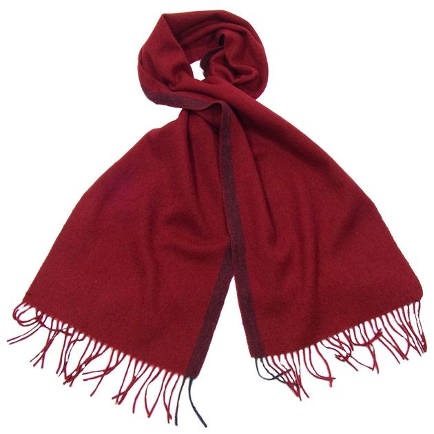 f755daf5e950 Echarpe en laine rouge bordeaux rayure - Matière Echarpe laine - Mes ...
