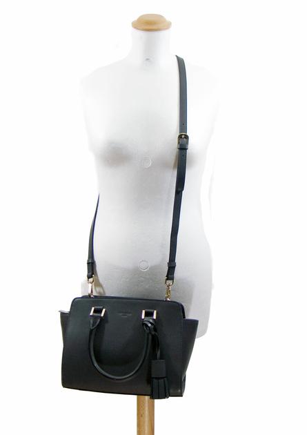 sac en cuir femme noir pompon 6