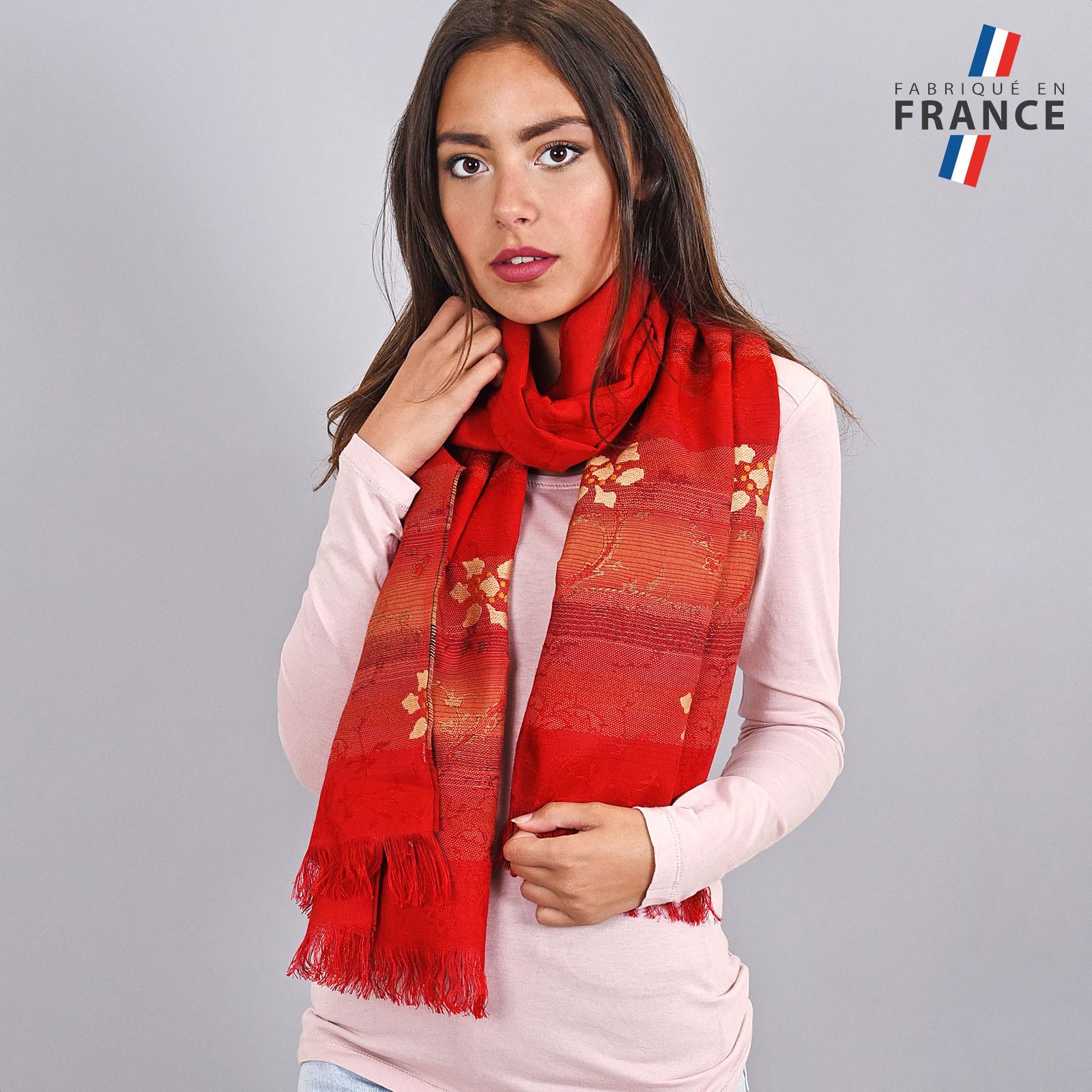 AT-03666-VF16-LB_FR-echarpe-legere-rouge-fleurs-dorees
