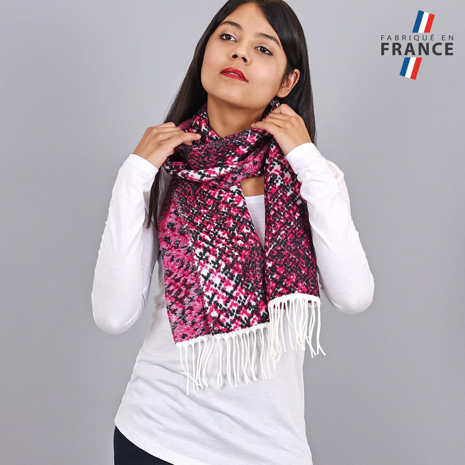 AT-03944-VF16-FR-echarpe-femme-fuchsia