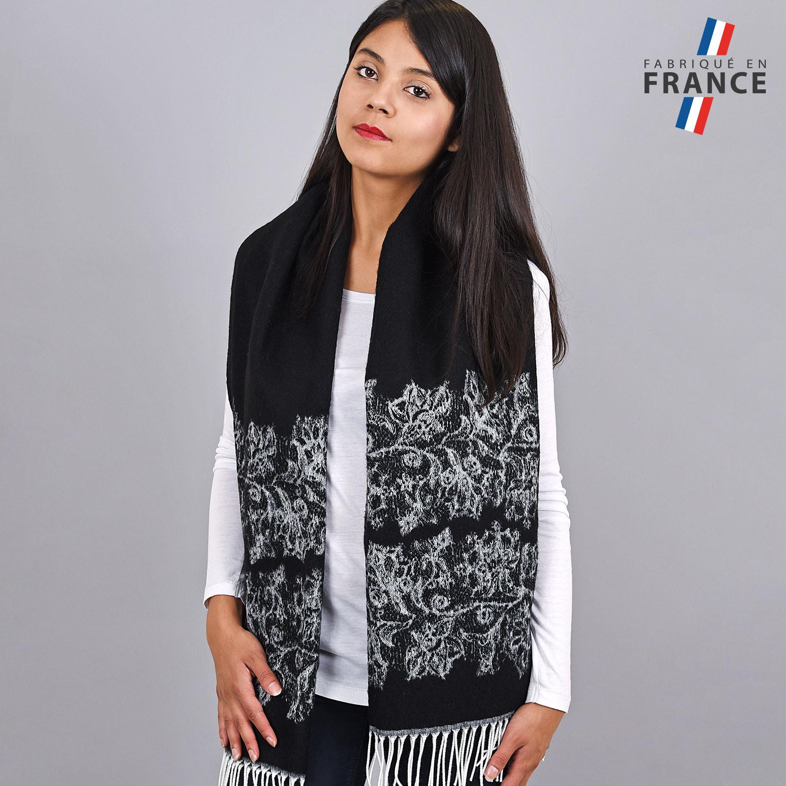 AT-03956-VF16-2-FR-chale-hiver-noir-motifs-floraux