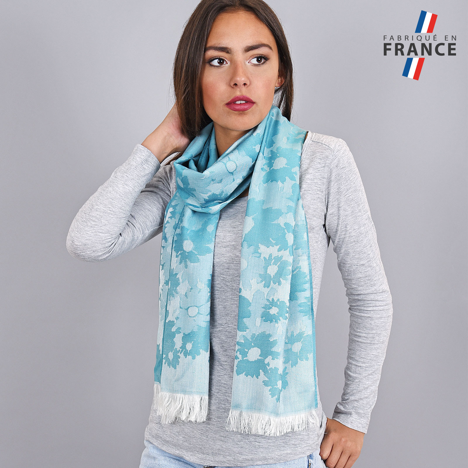 AT-03615-turquoise-VF16-LB_FR-echarpe-legere-fleurs-bleu-maya-fabrication-france