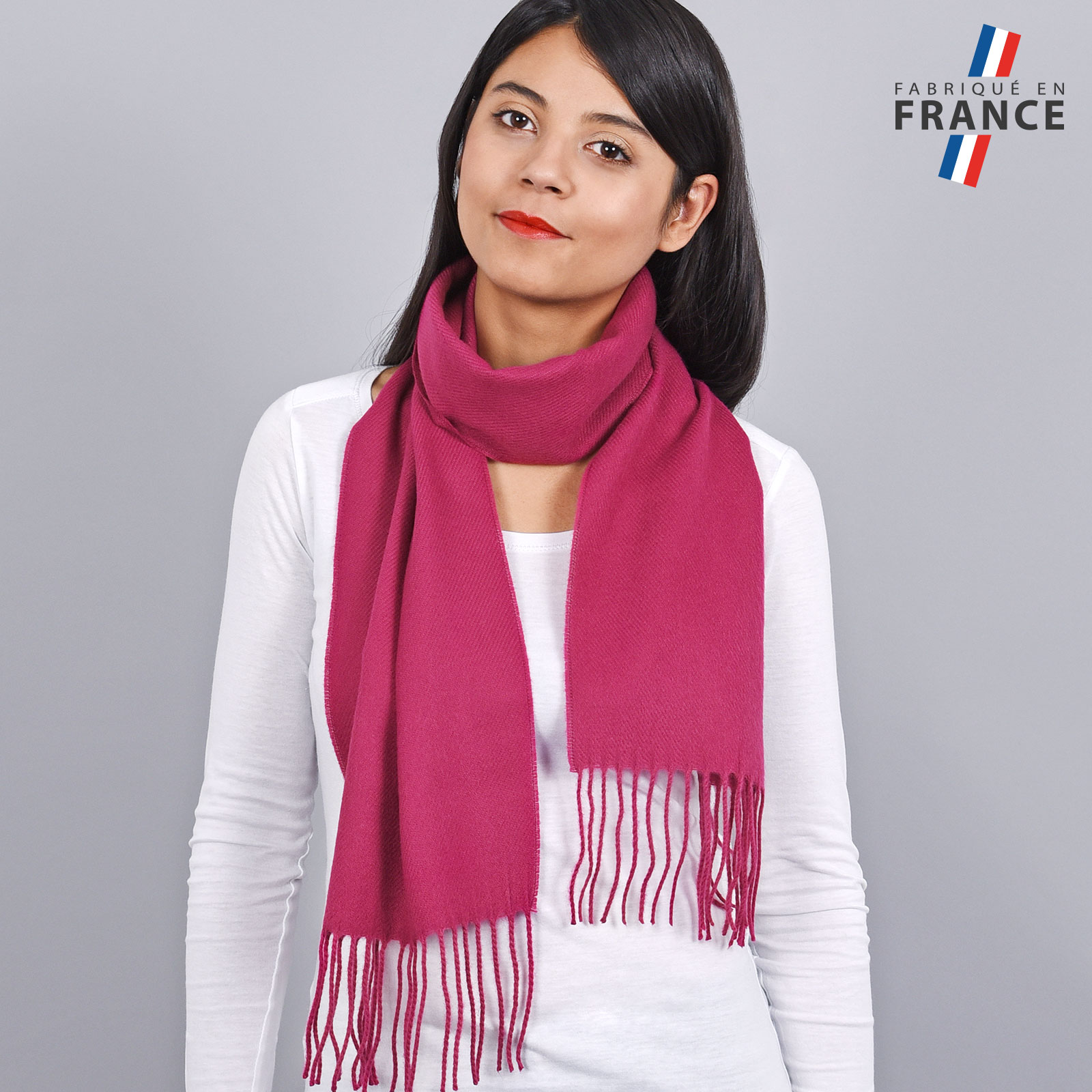 AT-03240-VF16-LB_FR-echarpe-franges-rose-fuchsia-femme-fabrication-francaise