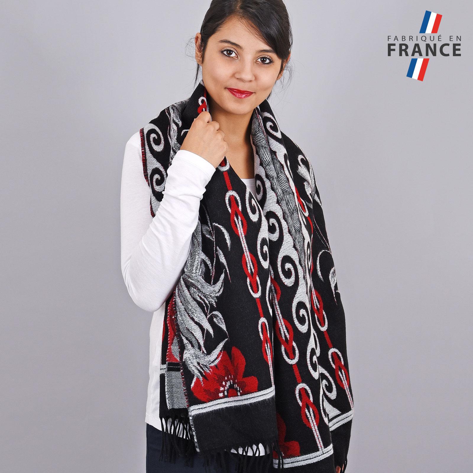 AT-03458-VF16-2-LB_FR-chale-franges-femme-frise-noir-rouge