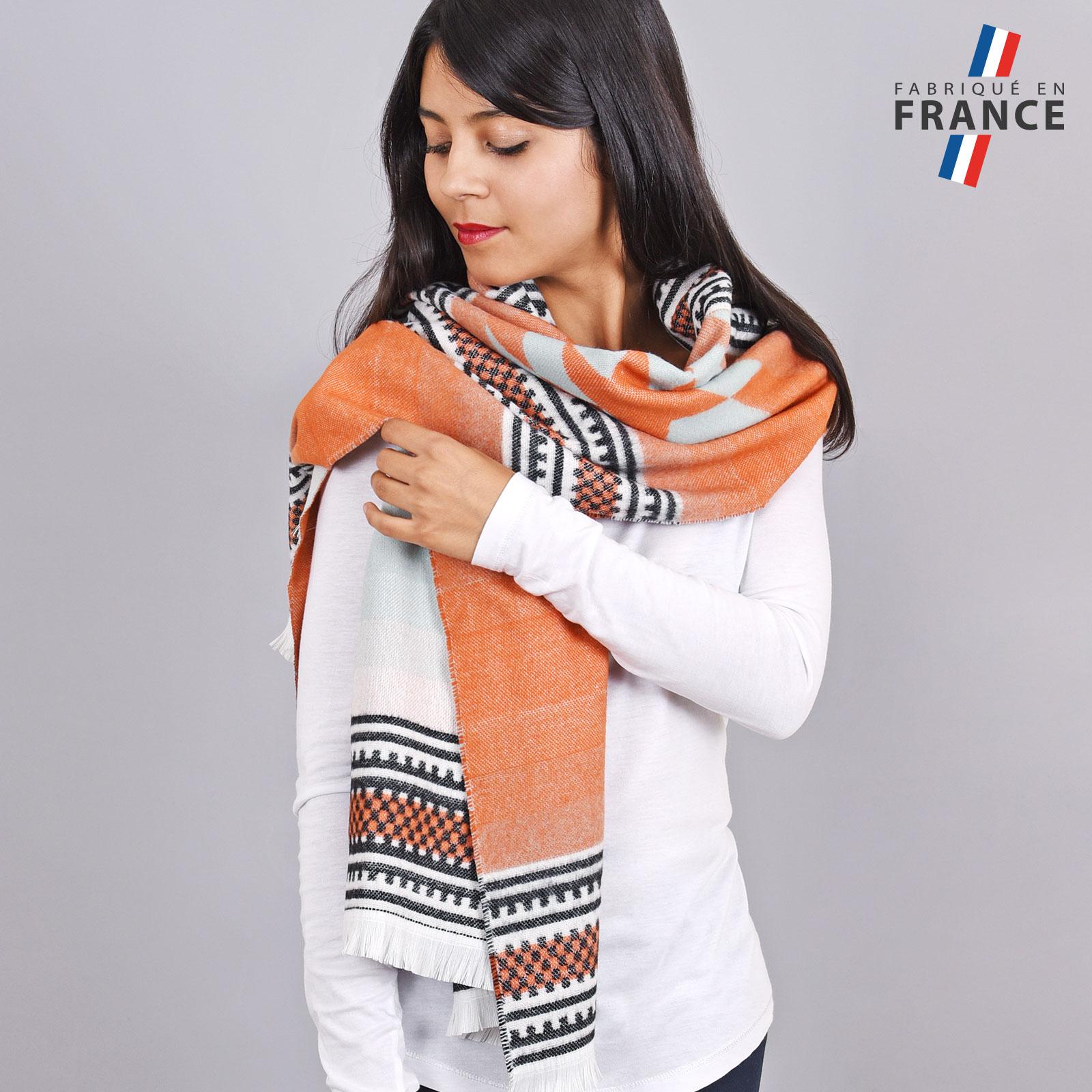 AT-04159-VF16-1-LB_FR-chale-orange-azteque