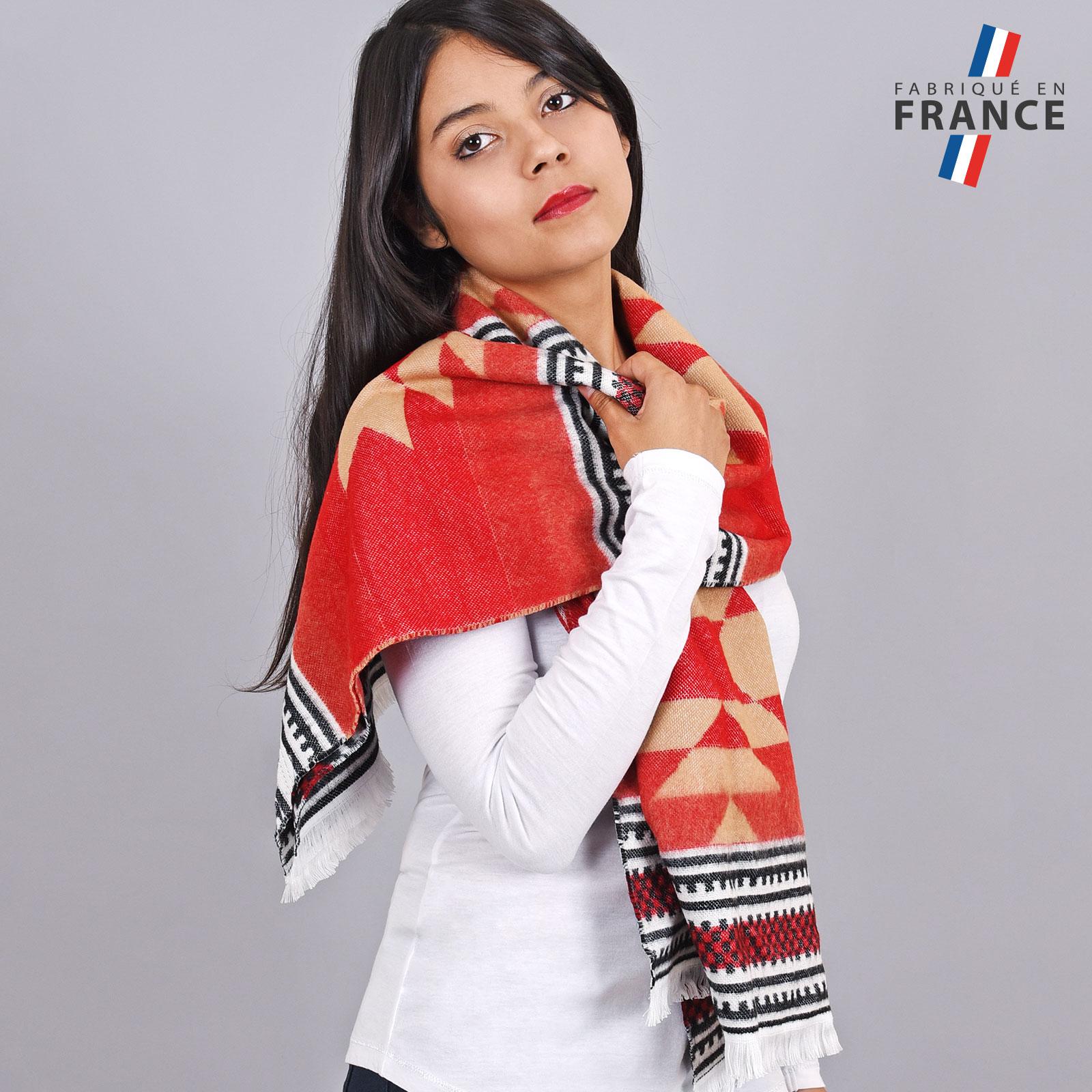 AT-04162-VF16-1-LB_FR-chale-femme-rouge