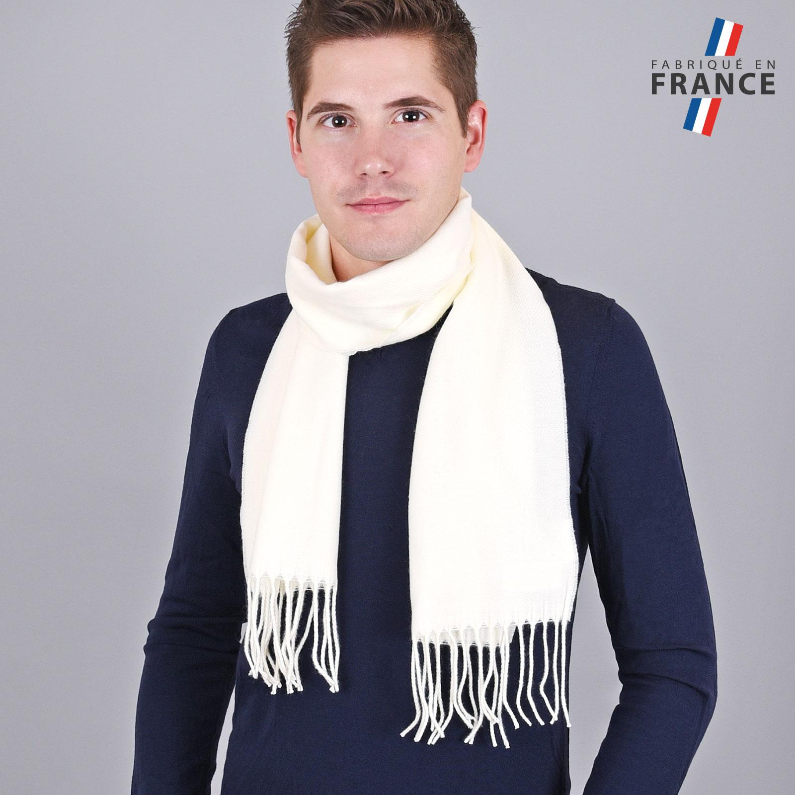 AT-03243-VH16-LB_FR-echarpe-homme-a-franges-ecru-fabrication-francaise