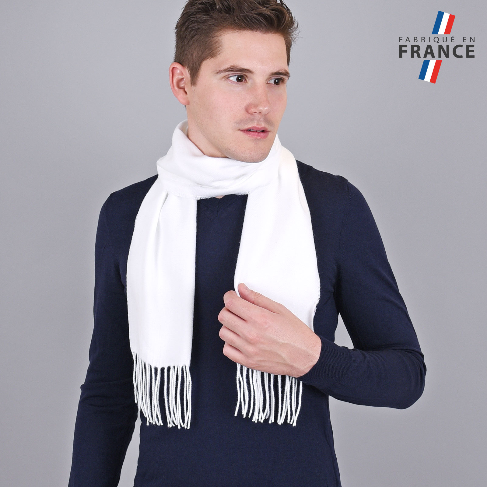 AT-03432-VH16-LB_FR-echarpe-homme-blanche-franges-fabrication-france