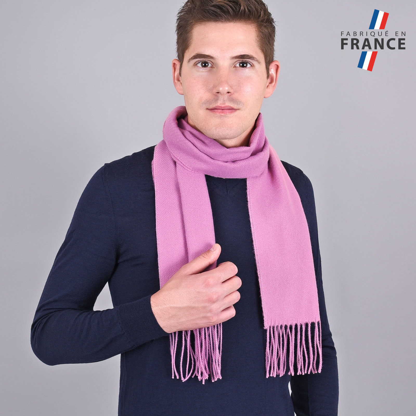 AT-03433-VH16-LB_FR-echarpe-homme-rose-franges-fabrication-france