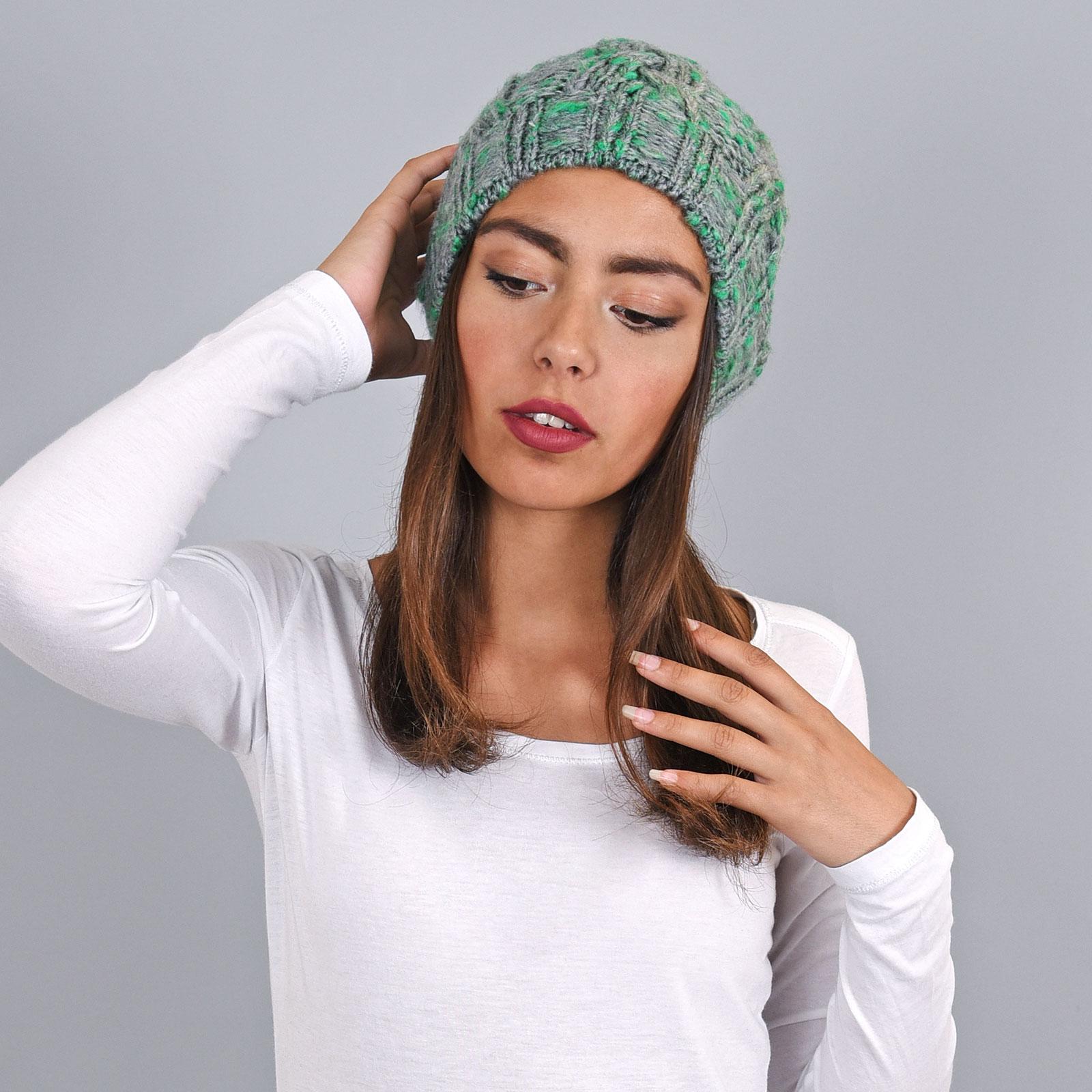 CP-00786-VF16-1-bonnet-chaud-gris-vert