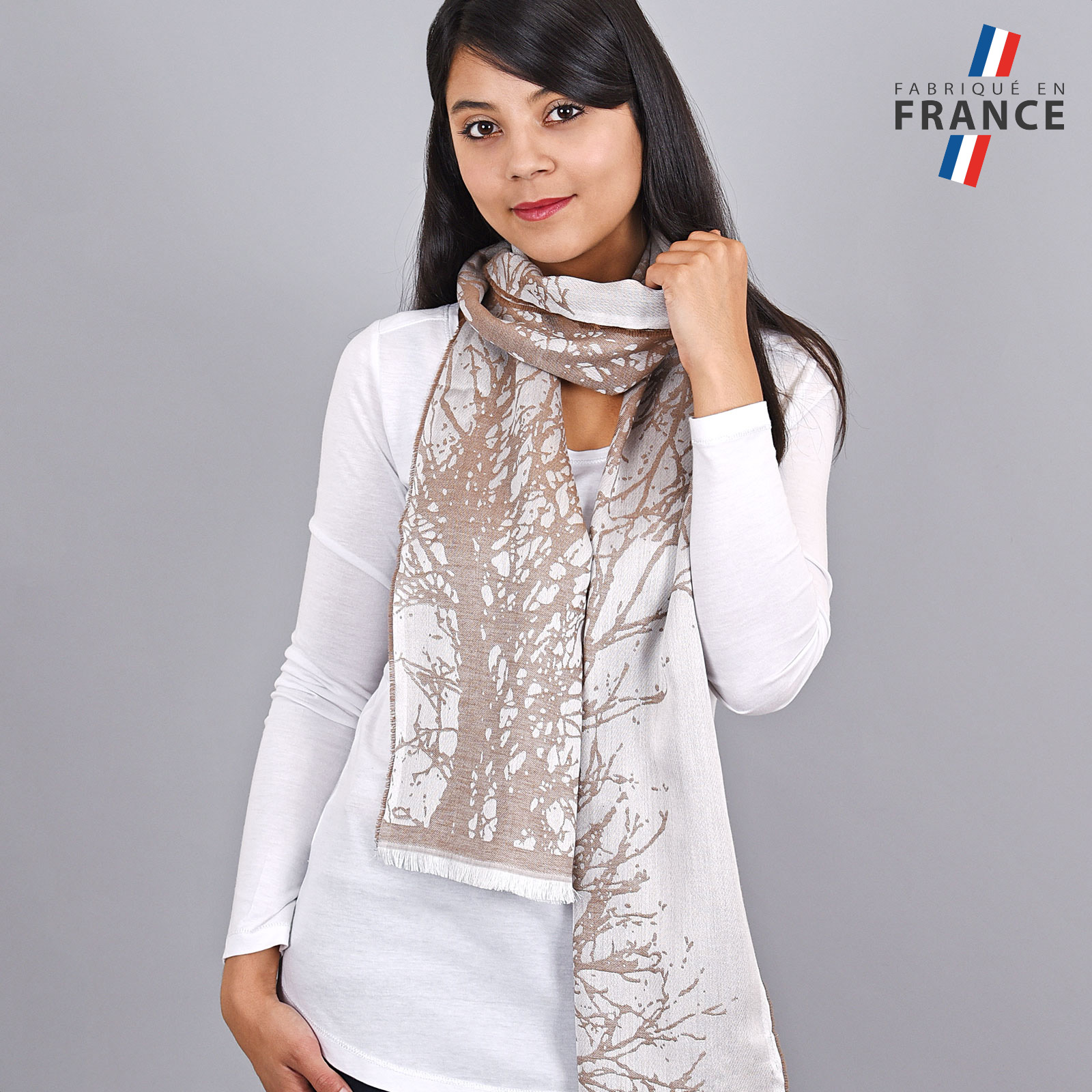 AT-04181-VF16-LB_FR-echarpe-femme-taupe-qualicoq-fabrication-france