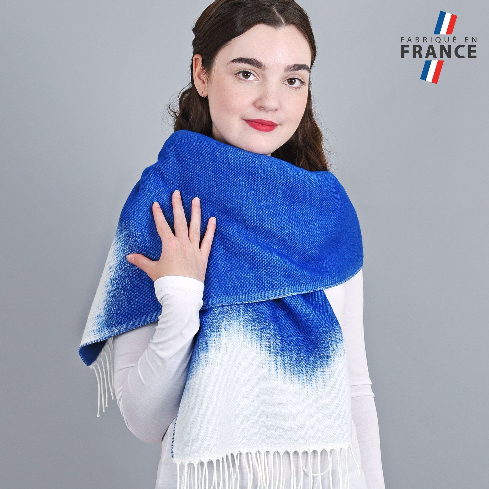 AT-04164-VF16-1-LB_FR-chale-femme-bleu-degrade