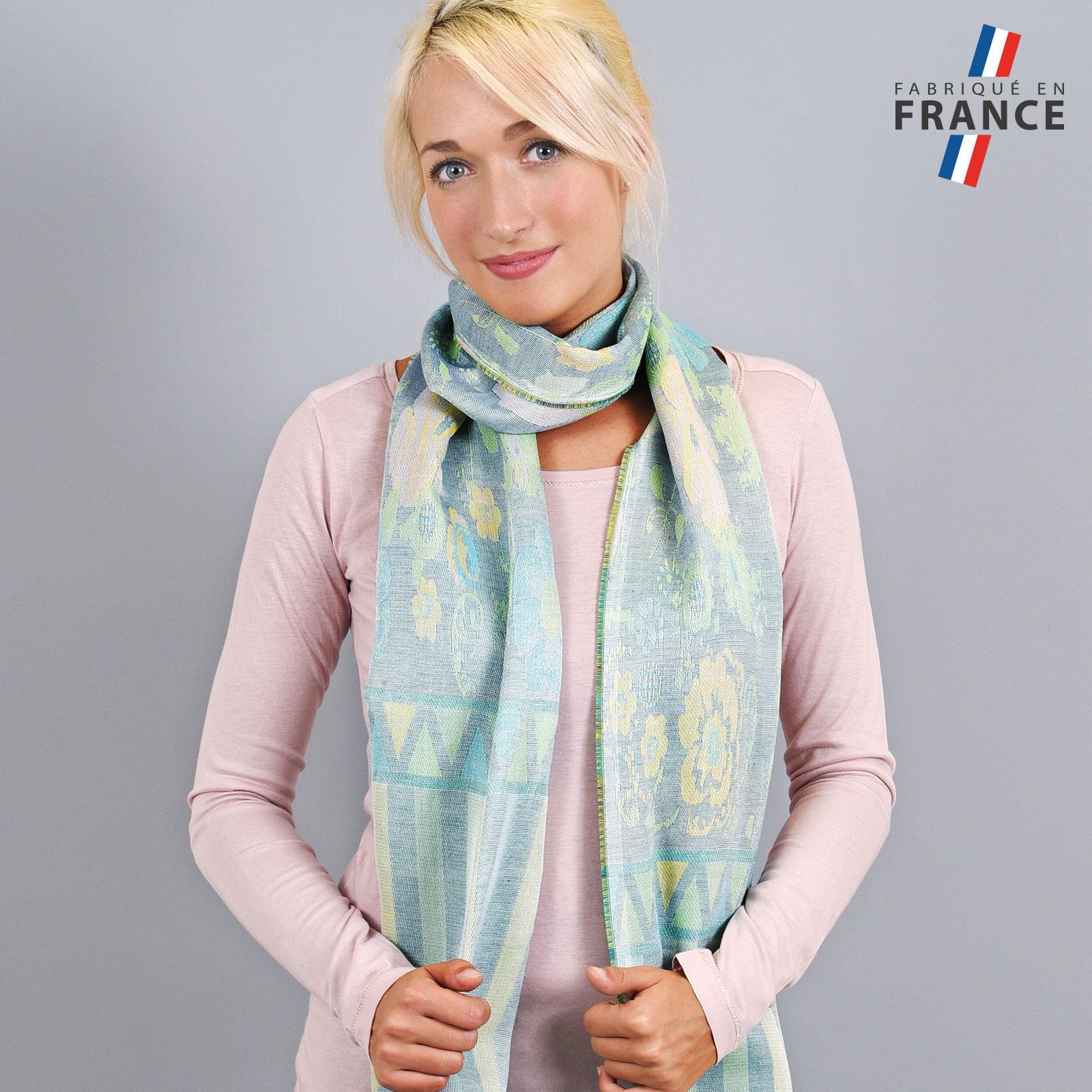 AT-04233-VF16-LB_FR-echarpe-legere-fabriquee-en-france-bandes-fleurs-vert-bleu