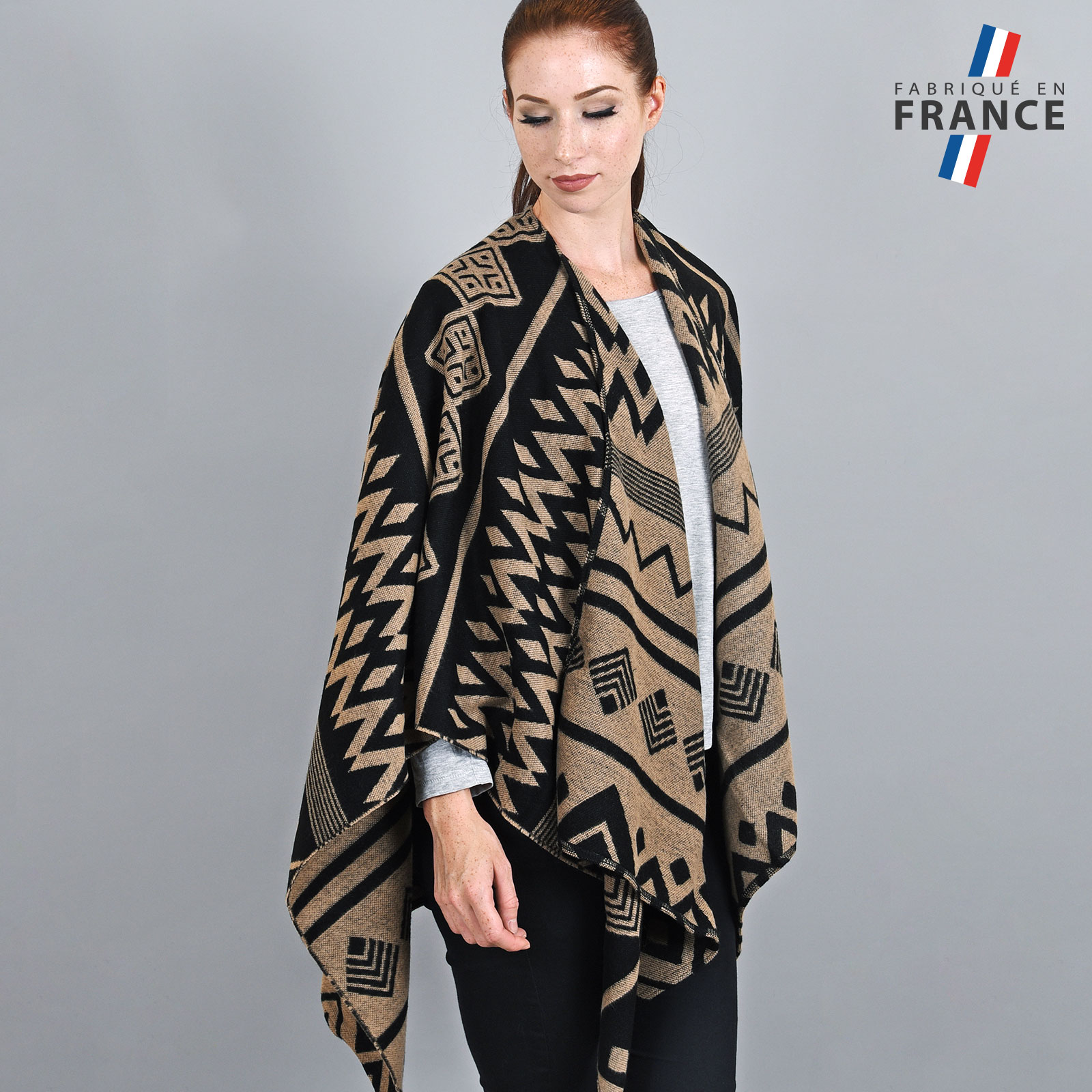 AT-03752-VF16-LB_FR-poncho-azteque-sombre