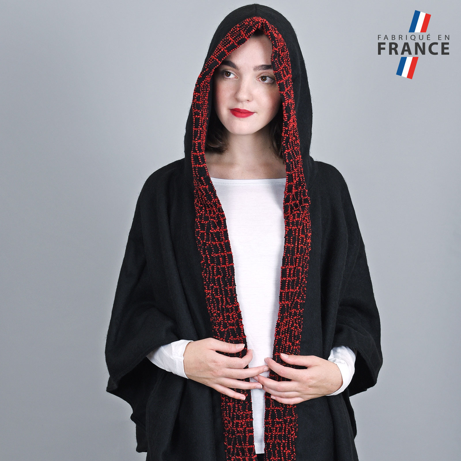 AT-03247-VF16-2-LB_FR-poncho-a-capuche-perles-rouge-fabrication-francaise
