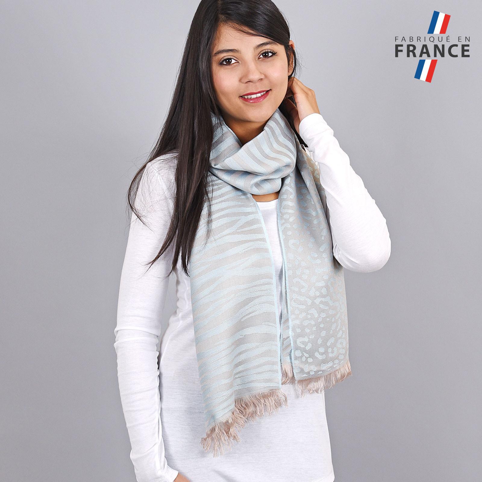 AT-04254-VF16-LB_FR-echarpe-legere-tigre-paillettes-bleu-ciel