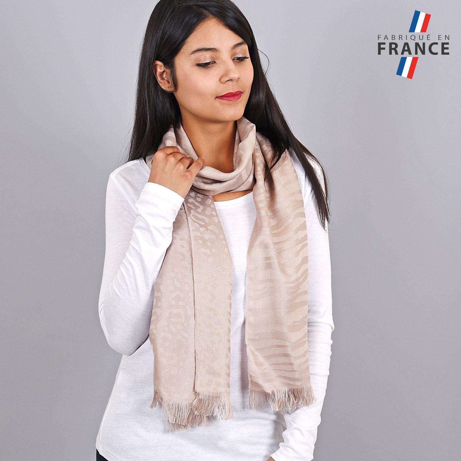 AT-04258-VF16-LB_FR-echarpe-legere-beige-paillettes-qualicoq