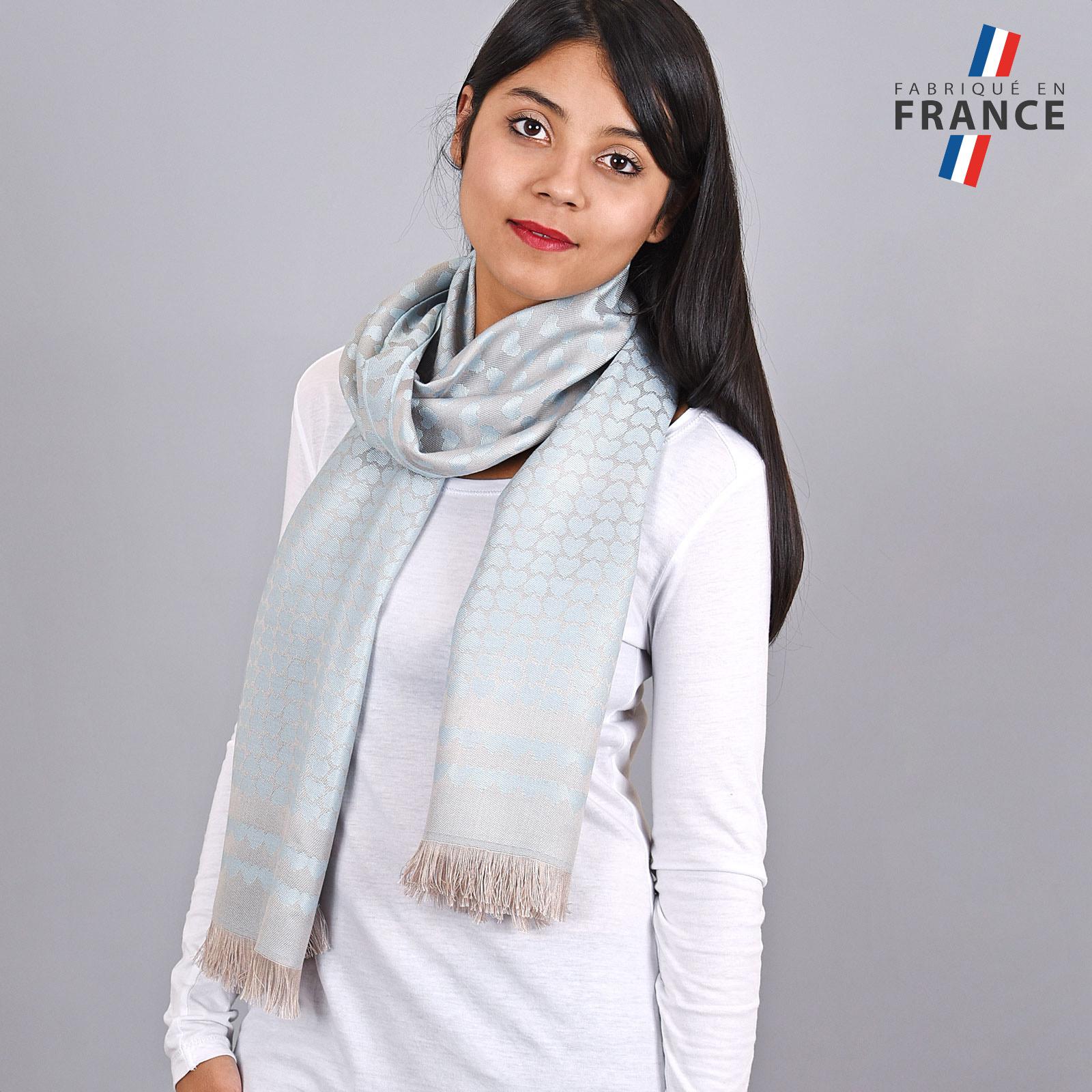AT-04264-VF16-LB_FR-echarpe-qualicoq-motifs-coeurs-bleu-ciel