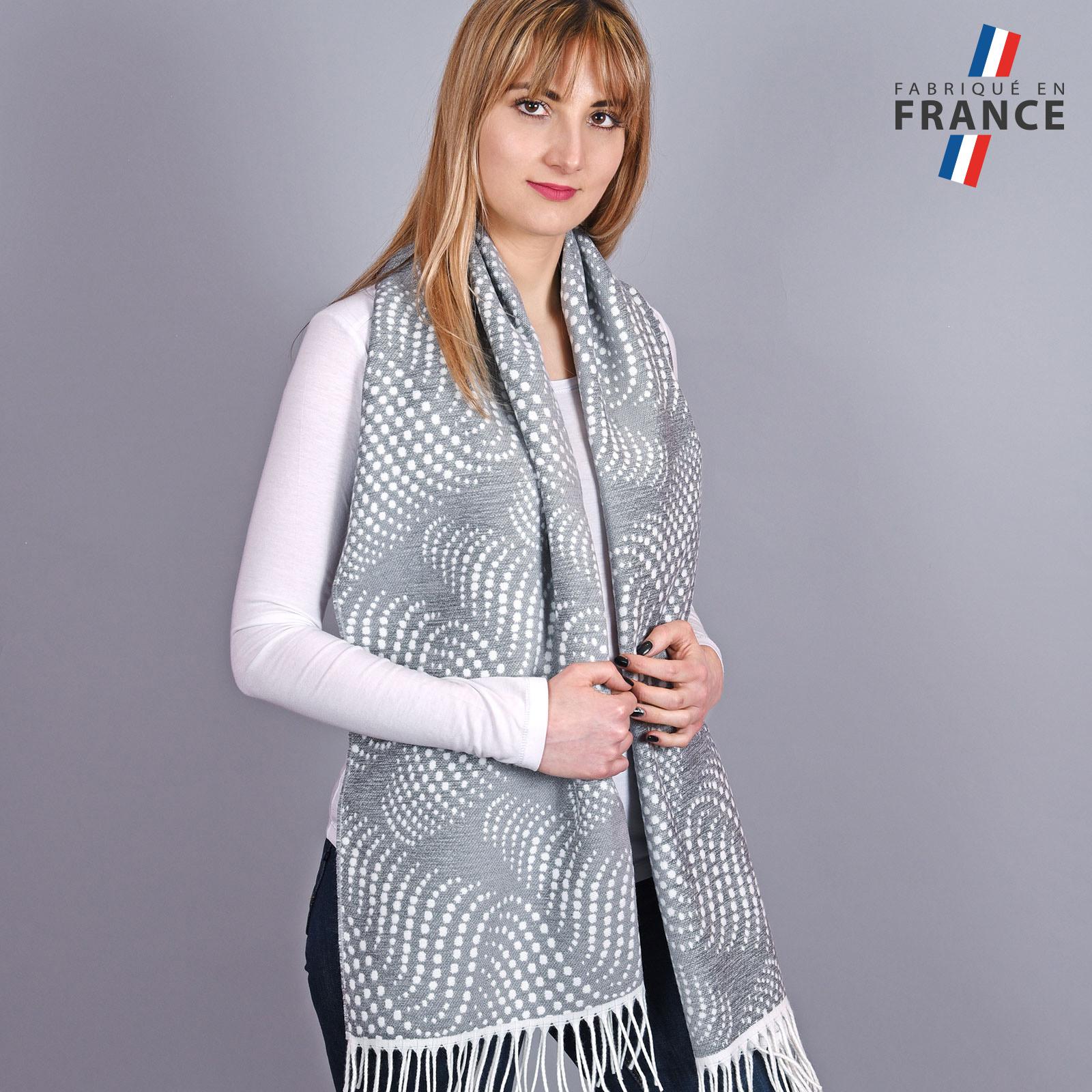 AT-03951-VF16-2-LB_FR-chale-epais-pois-gris
