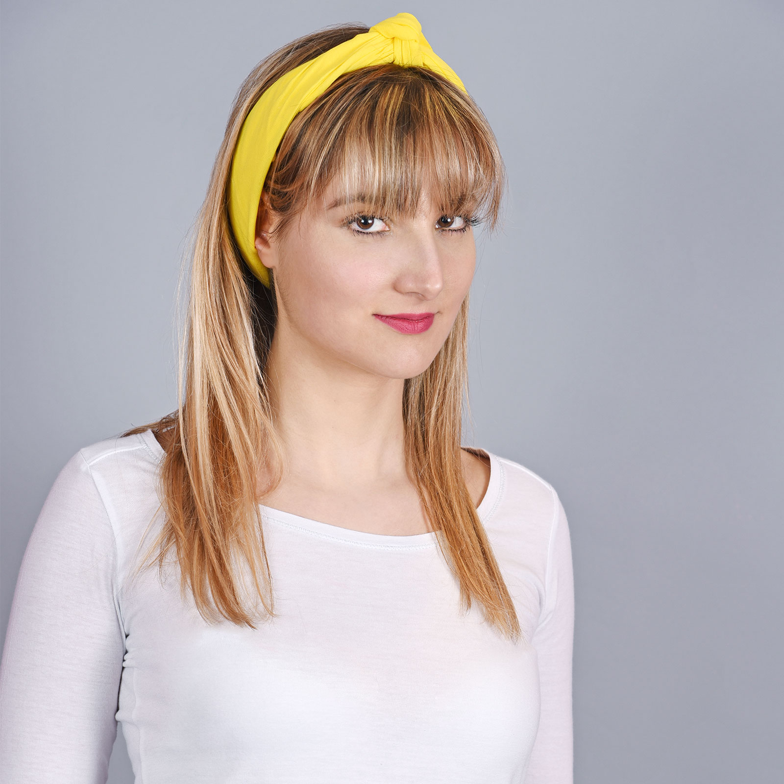 AT-04301-VF16-2-bandana-jaune-uni
