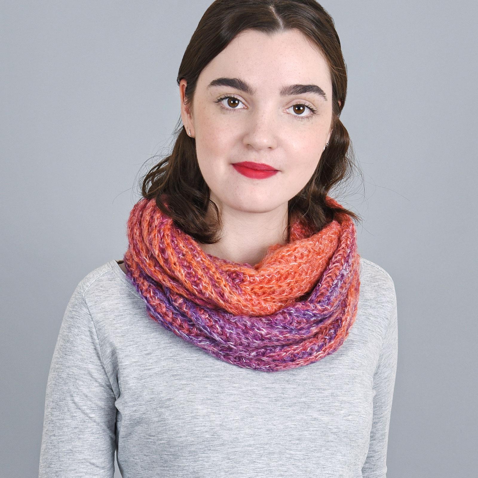 AT-04135-VF16-echarpe-snood-femme-couleur-rouge-violet