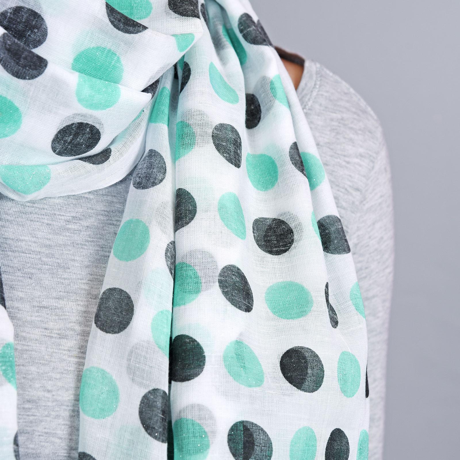 AT-04322-VF16-2-foulard-femme-pois-aqua-noir