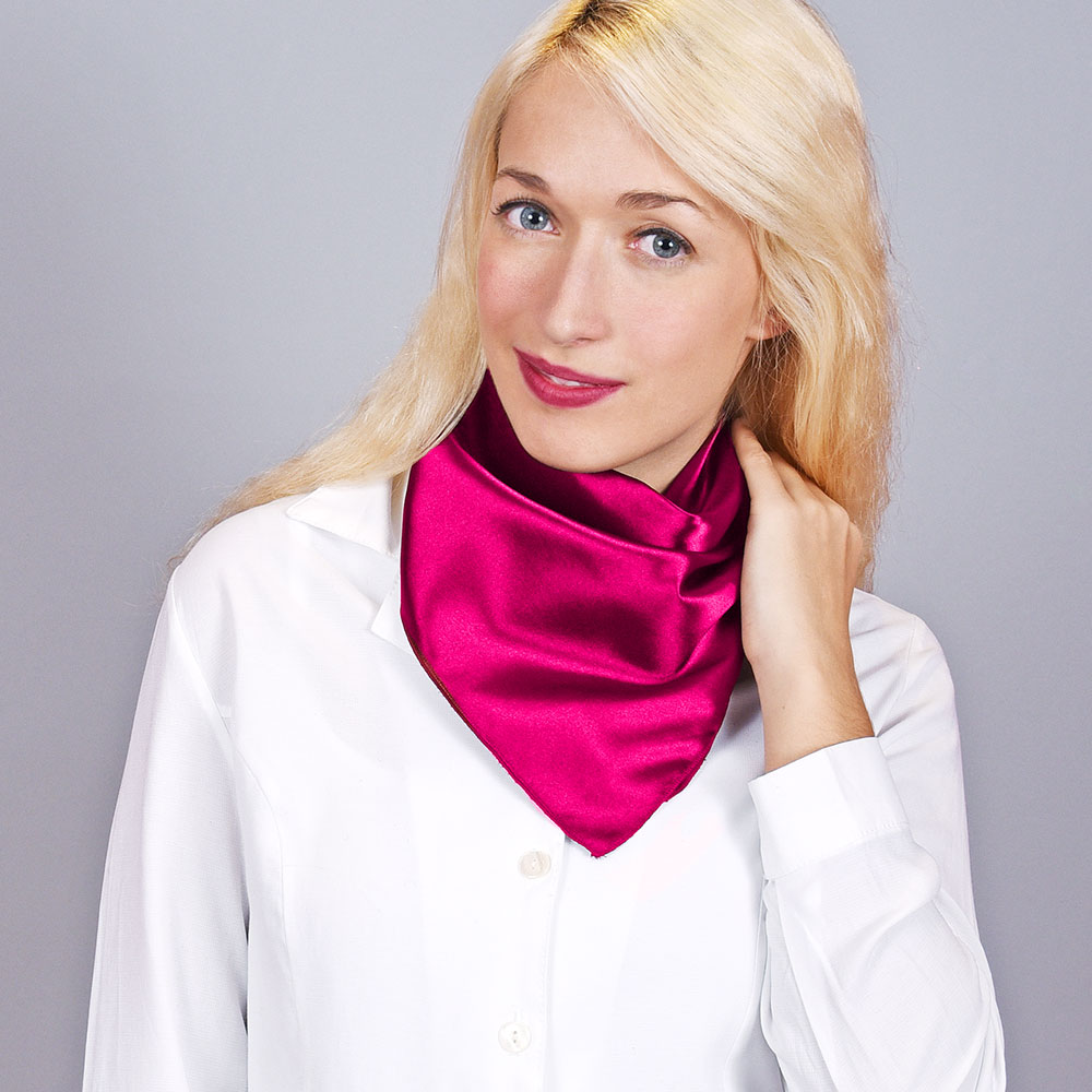 AT-04449-VF10-foulard-carre-hotesse-fuchsia