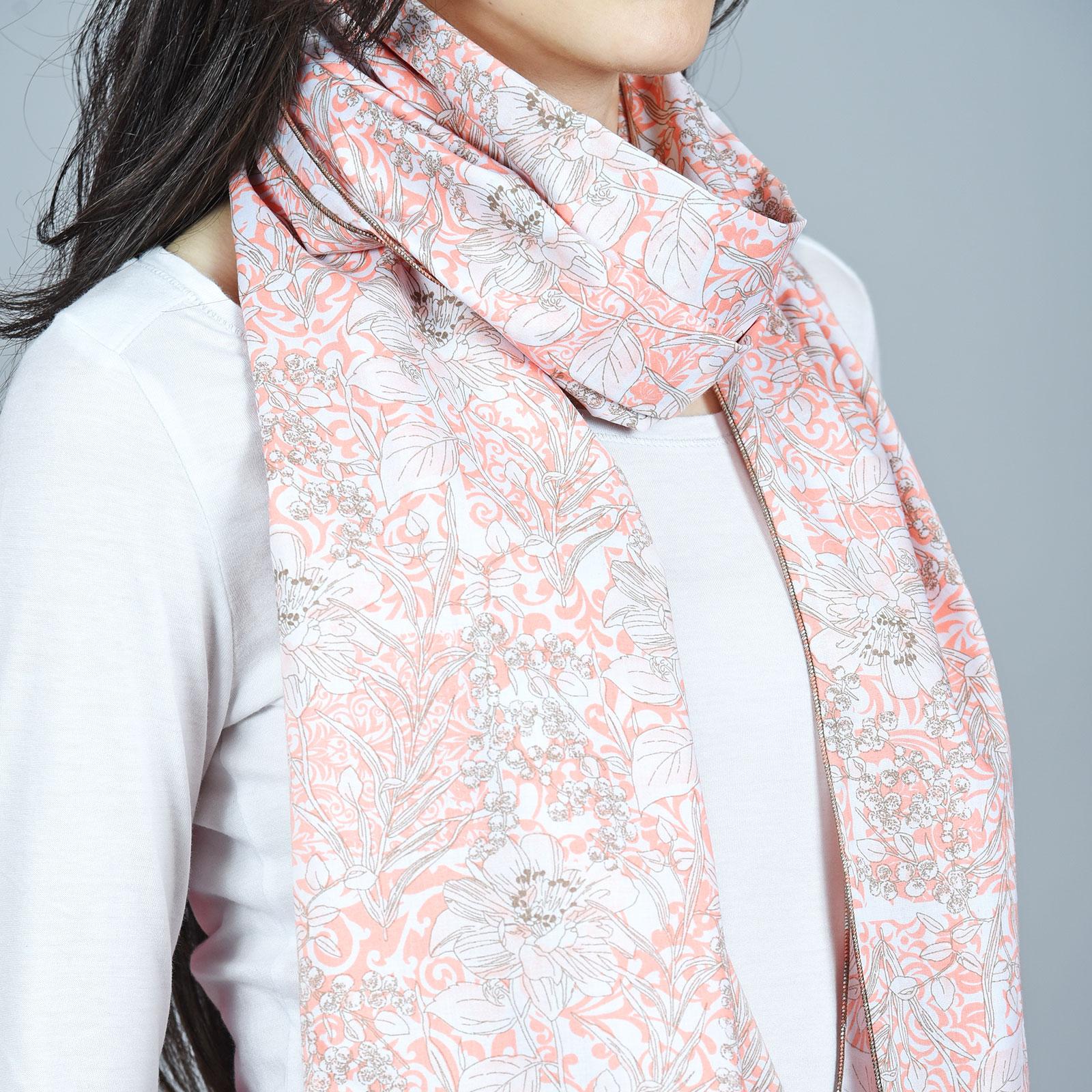 AT-04487-VF16-2-echarpe-femme-rose-corail